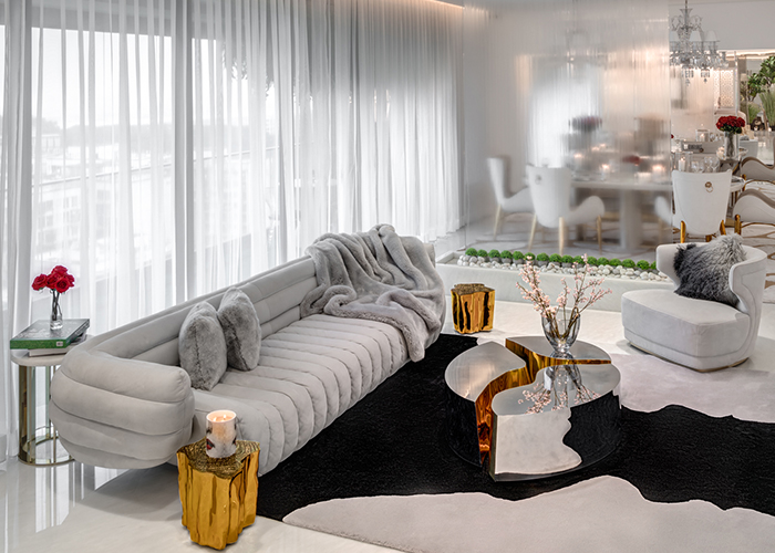 A touch of glam into a luxury apartment